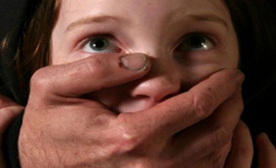 قضية عنف جديدة في الهند ... الاعتداء جسديا على طفلة في الثالثة وقطع رأسها