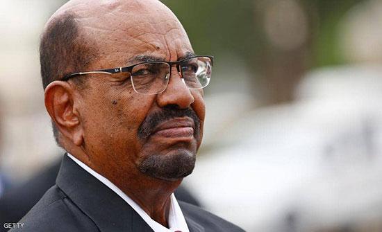 """دولة أفريقية تسعى لإنقاذ البشير من """"محاكمة جنائية"""""""