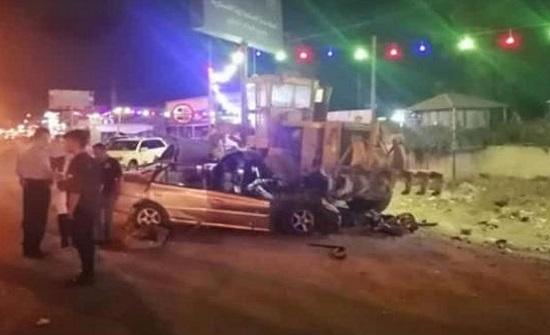 وفاتان وثلاث اصابات بحادث تصادم على طريق اتوستراد عمان الزرقاء