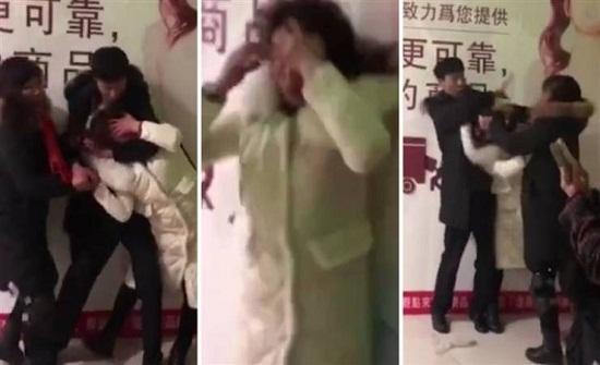 صور| مصارعة بين رجل وزوجته وحماته بعد القبض عليه مع عشيقته!