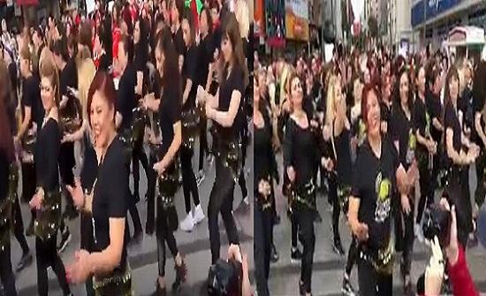 بالفيديو.. فتيات يشعلن شوارع تركيا بالرقص على أغنية لمصر