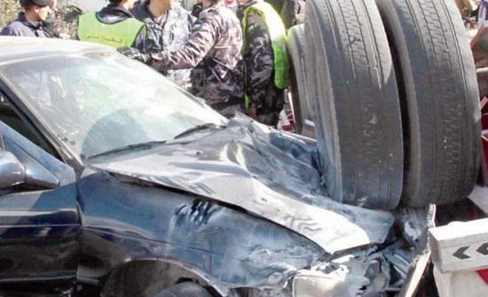 وفاة واصابتان احدهما بالغة بحادث تصادم في إربد