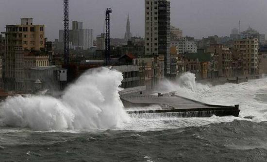 """"""" الخارجية """" تتابع أوضاع الأردنيين بأمريكا المتأثرة بالإعصار"""