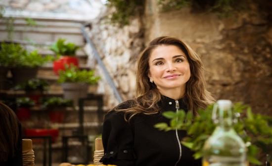 صورة .. الملكة رانيا : نجحنا بالوصول لأكثر من مليون ونصف متعلم