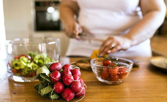 رجيم الصيام المتقطع يساعد النساء اللاتي تعانين السمنة على فقدان الوزن