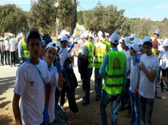 بالصور : حملة نظافة نظافة بيئية شاملة في محمية الغزلان