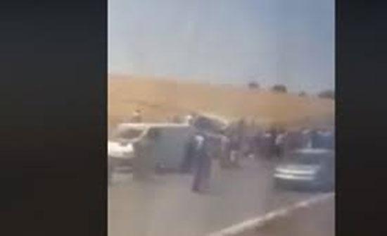 فيديو : مصرع 9 في حادث مروري مروع بالجزائر