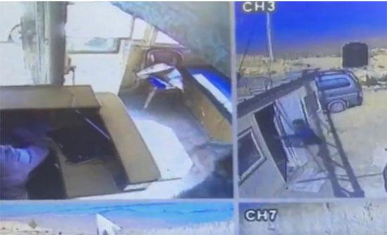 """ضبط شخصين اعتديا على عاملين داخل """"كسارة"""" في الزرقاء"""