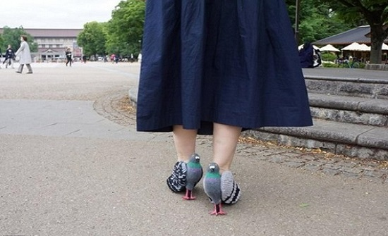 صور: لمواكبة الموضة.. صور لأشخاص في مواقف محرجة جدا بسبب ملابسهم