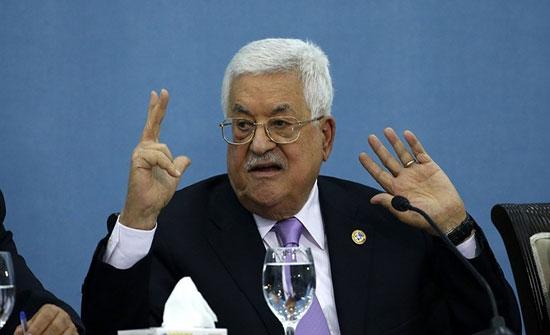 عباس يؤكد لوفد من الكونغرس الأمريكي رفضه لقرارات ترامب