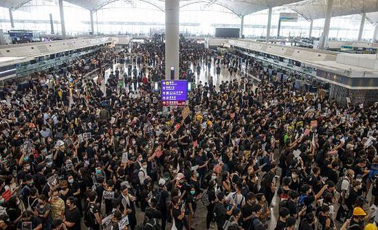 إلغاء رحلات من مطار هونغ كونغ بسبب الاحتجاجات