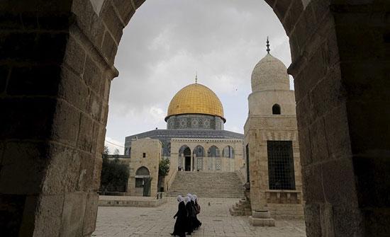 الرئاسة الفلسطينية تحذر من المساس بالوضع القائم في المسجد الأقصى