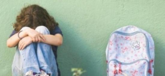اسرائيلي يروج صور جنسية لطفلته عبر الانترنت