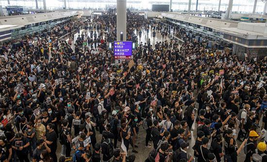 بيان من الملكية للمسافرين الى عمان  عبر مطار هونغ كونغ