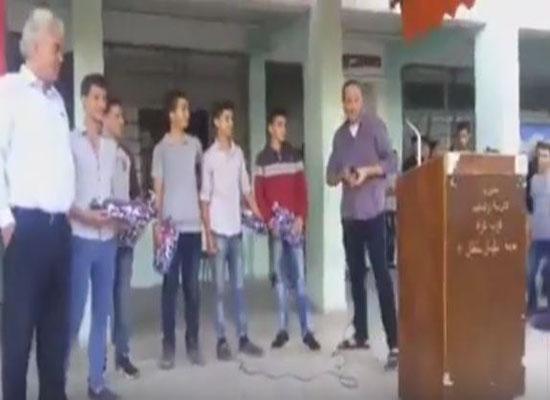 بالفيديو:عيد ميلاد خلال طابور الصباح في مدرسة بغزة