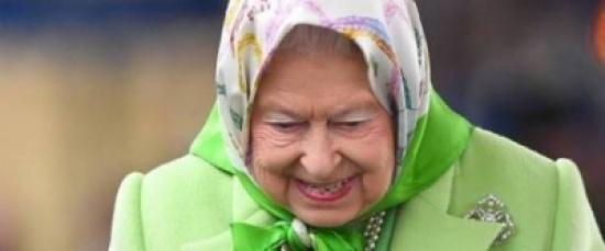 صحيفة ألمانية للأوروبيين: ملكة بريطانيا ترتدي الحجاب.. لماذا تحظرونه على المسلمات؟