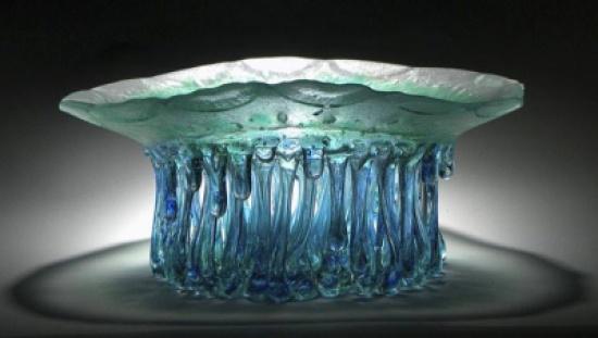 """طاولات ولا أروع وكأنها مصنوعة من أشكال وألوان قنديل البحر """"صور"""""""