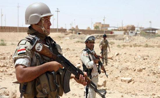 العراق: مقتل ضابط واختطاف جنديين على حدود سوريا