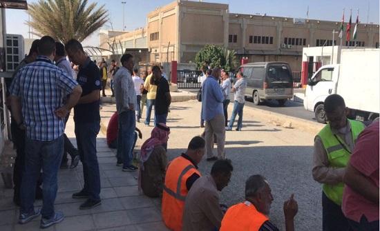 شركات تخليص مطار الشحن تتوقف عن العمل
