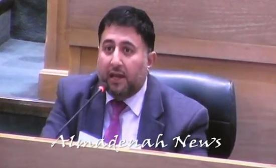 بالفيديو : الرقب يطلب رد اتفاقية الغاز ويغضب النواب بعبارة ساخنة