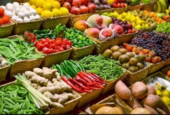 انخفاض أسعار الخضروات بسوق العارضة
