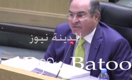 """بالفيديو : الملقي يوجه وزيرة السياحة أمام النواب لتغيير مسار طريق """" درب الأردن """" السياحي"""