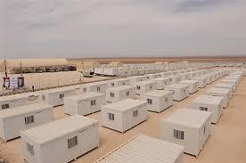 وفد جمعية رعاية مرضى السرطان يزور المخيم الاماراتي الأردني