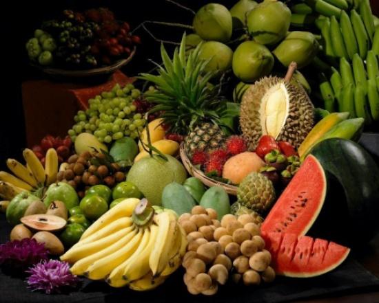 50 نوعا من الأطعمة تكافح السرطان.. تعرّف عليها