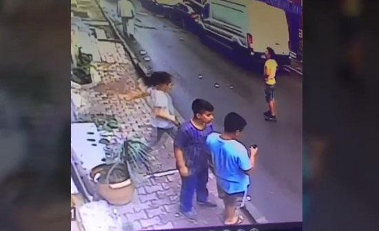 شاهدوا لحظات مروّعة لسقوط رضيعة سورية من الطابق الثالث في اسطنبول!