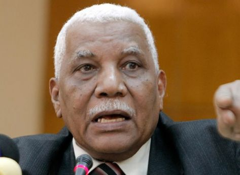 وزير إعلام السودان: فرعون المذكور بالقرآن سوداني.. وهذا الدليل