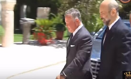جانب من زيارة الملك لرئاسة الوزراء -  فيديو