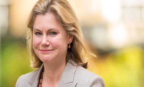 استقالة وزيرة التعليم البريطانية بعد رفضها تولي حقيبة وزارية أخرى