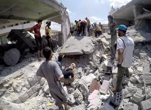 103 قتلى و400 ألف نازح من جراء القصف في إدلب