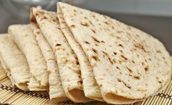 ارقام رسمية: 35 % من اللاجئين والوافدين يستهلكون 40 % من الخبز