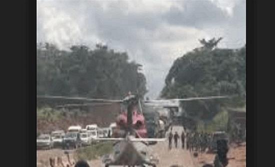 مليونير نيجيري لم يتحمل زحمة السير.. فانتشلته مروحية عن الطريق (فيديو)