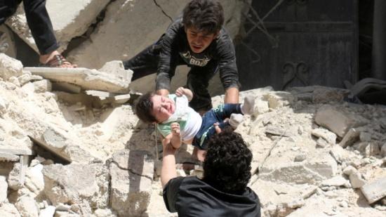 قوات الأسد تخرق مناطق خفض التوتر وتقتل 8 مدنيين بينهم أطفال
