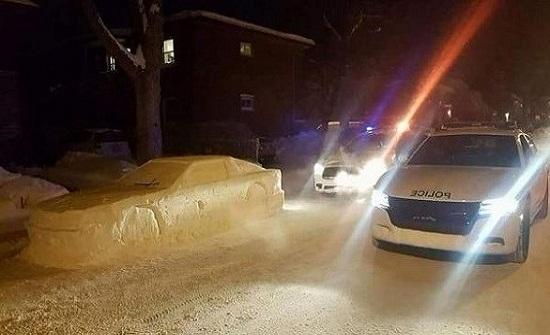 صنع سيارة من الثلج فحصل على مخالفة مرورية!