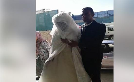 شاهدوا بالفيديو : زفاف 30 عروسا وعريسا في الأردن