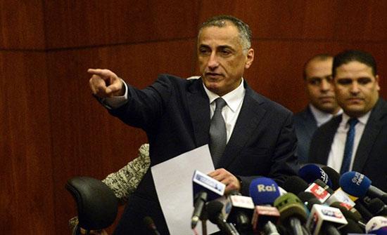 أنباء عن عدم التجديد لمحافظ البنك المركزي في مصر