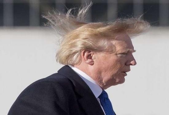 بالفيديو.. الرياح تفضح ترامب!