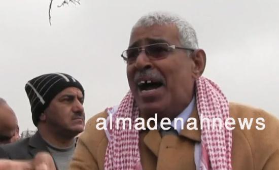 """بالفيديو .. أردني : أصبحنا نأكل """" مصارين وأرجل الدجاج """" يا حكومة الملقي"""
