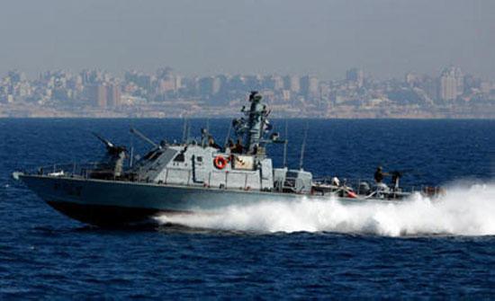 زورقان حربيان إسرائيليان يخرقان المياه الإقليمية اللبنانية