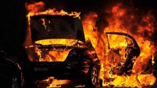 الحرارة 40 والسيارات تشتعل على الطرقات.. إحذروا تسرّب البنزين!