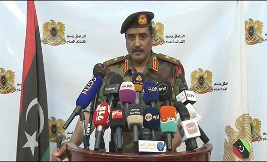 الجيش الليبي ينفي استهداف مركز المهاجرين قرب طرابلس