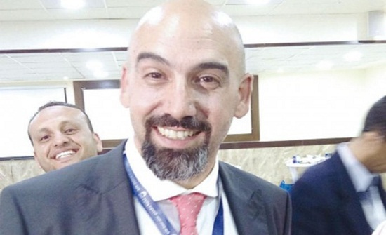 نقيب الصيادلة يلتقي رئيس اتحاد الصيادلة العرب