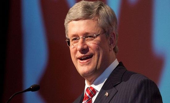 رئيس وزراء كندا السابق يزور العقبة في جولة سياحية