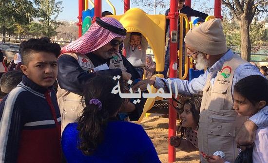 بالفيديو والصور  : جمعية كويتية تصحب الأطفال وأيتام السرطان الأردنيين إلى حدائق الحسين