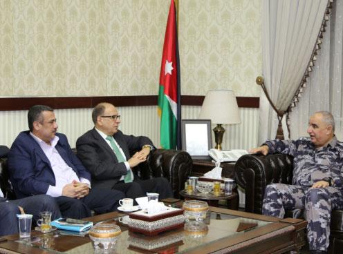 المدينة نيوز  مدير عام الدفاع المدني يلتقي رئيس غرفة صناعة عمان