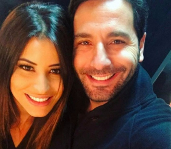وسام بريدي وزوجته بنفس الثياب – بالصورة