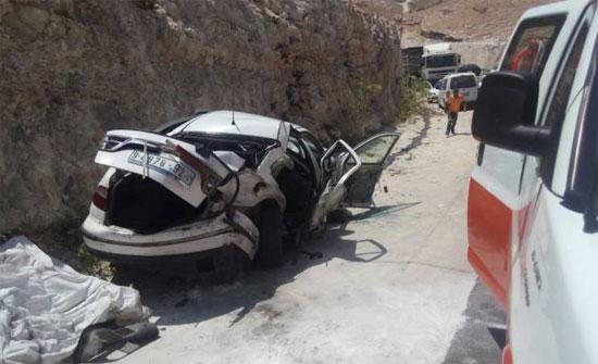 وفاة واصابة بحادث تدهور مروع بالزرقاء